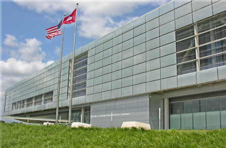 Exterior of Clinton Presidential Center