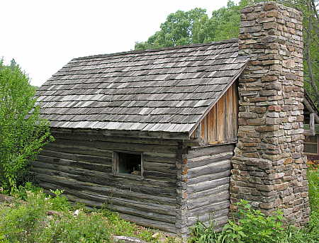 Rear view of log cabin at Ozark Folk Center
