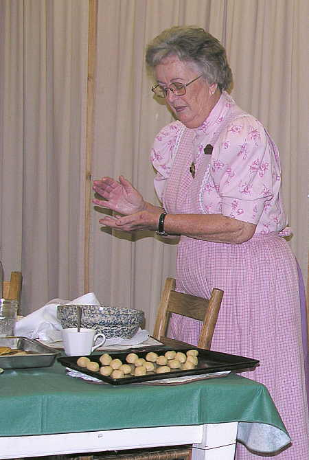 Cooking demonstration at Ozark Folk Center