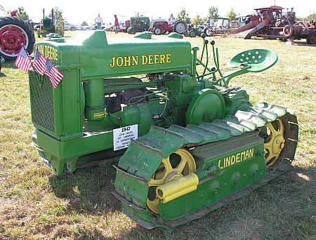 John Deere crawler