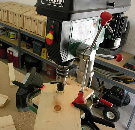Drill press setup for hole saw